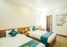 Khách sạn White Crown - phòng Deluxe - giường Double hoặc Twin